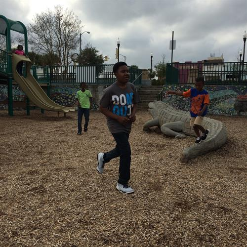 Students enjoying Field Trip to Turtle Park