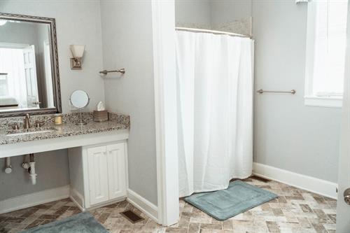 Suite 2 Private Bath