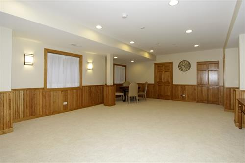 Gallery Image Basement_Remodeling_in_Wheaton_IL_by_Rosseland_Remodeling_(6).jpg