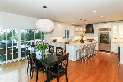 Gallery Image Kitchen_Remodeling_in_Naperville._IL_by_Rosseland_Remodeling_(11).jpg