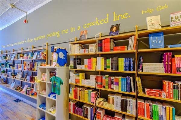 Card Carrying Books & Gifts