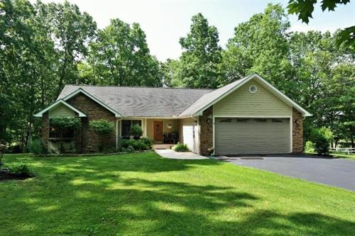EASY LIVING IN THIS IMPRESSIVE BEAUTIFUL HOME - LEWISBURG