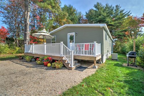 New in 2018 Spacious 3 Bedroom Wells Maine Cottage - off site location