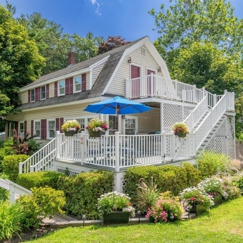 The Cottage - available for weekly rentals