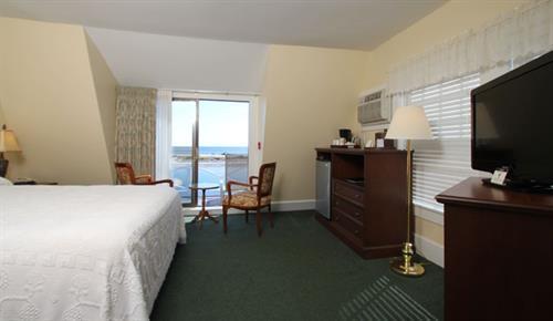 Main Inn Ocean View Room