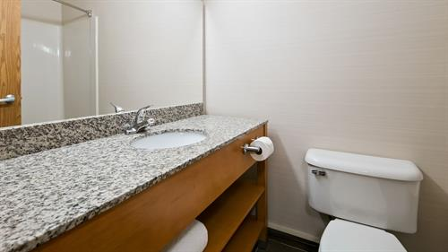 New remodeled spacious bathrooms