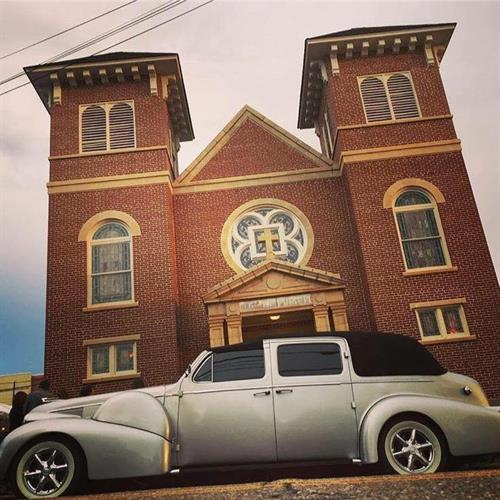 Our vintage cars are perfect for anniversary, wedding, and dinners.  ***Please Call Now 850-269-1200 or   reserve for pricing and availability.  Call Now 850-269-1200 or   reserve for pricing and availability.