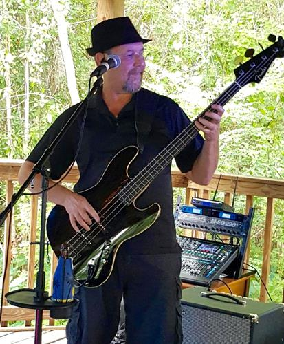 Thumpin' Bass Player