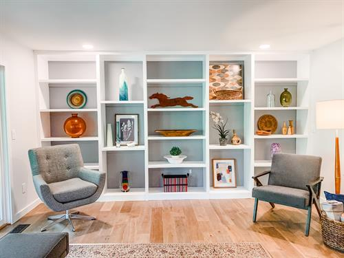Wall-to-Wall Built-In Custom Bookcase