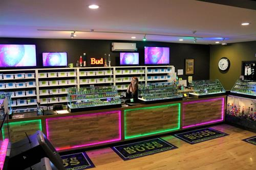 Gallery Image Mister_Buds_counter_1.jpg
