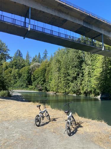 Jupiter bikes at the Elwha River Bridge.