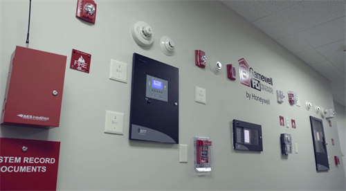 We offer a variety of commercial installation options, giving our customers a customized solution.