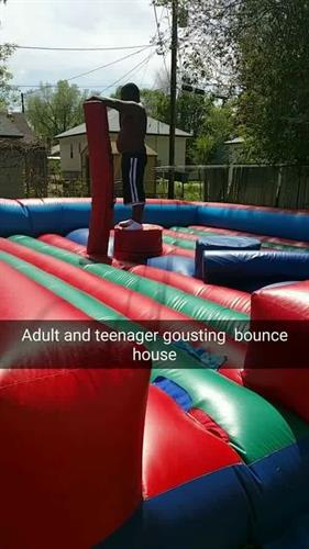 Adult/teenager jousting bouncer