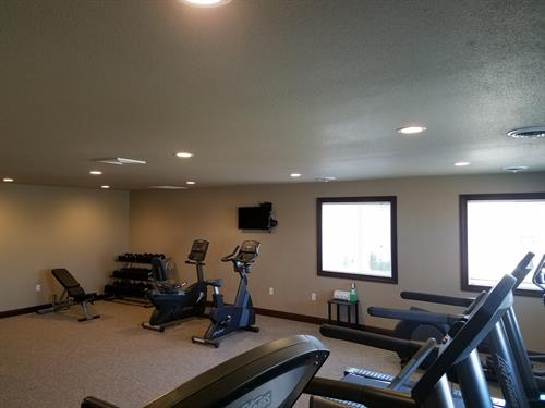 Gallery Image Fitness_Center2.jpg