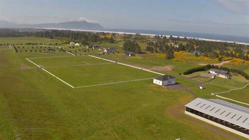 Gallop Gearhart Beach at Polo Ridge Estate! Indoor arena, pastures, club house & more