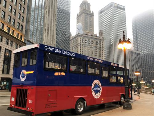 Gray Line Chicago- Stadium Trolley