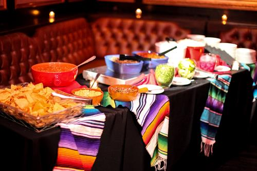 Gallery Image underground-3_ay_chi_taco_buffet_station.jpg