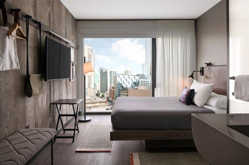 Guestrooms with views of River North