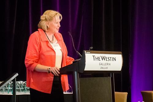 DFW ATW President, Marilyn Kibler-Colon, at 2018 Women in Technology Awards dinner