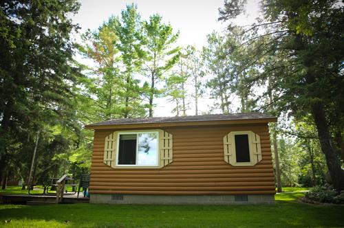 Gallery Image Cabin_X5_Exterior_at_Half_Moon_Trail_Resort.jpg