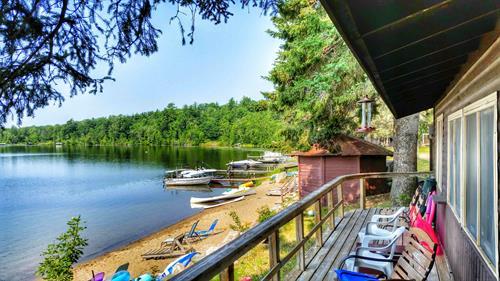 Beach Cabin #15 (and lakeside sauna next door)