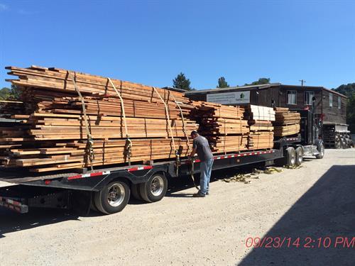 Gallery Image Lumber_unload.JPG