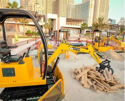 Gallery Image UAE6.JPG