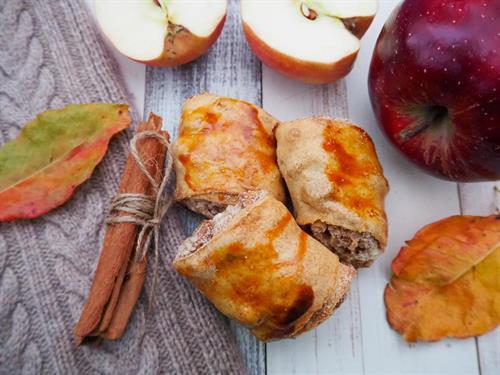 Apple Cinnamon Pourie Rolls