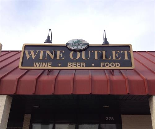 Gallery Image wineoutlet2.jpg