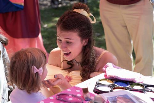 The fabulous face painting Belle