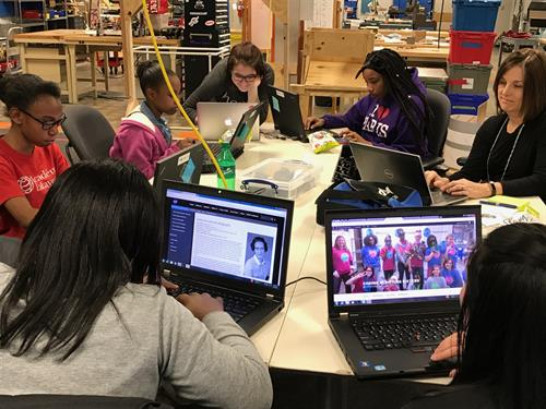 GIrls Who Code Club at the KC Engineering Zone