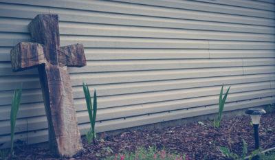 Gallery Image garden-cross-400x233.jpg