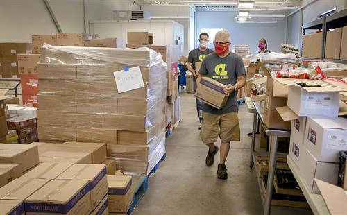 Cross-Lines staff works hard to provide hunger relief services through our Food Pantry, Senior Commodities and Housing Stabilization programs.