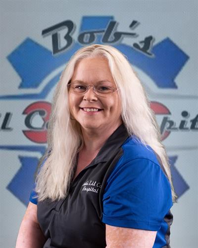 Loretta Walker, Receptionist