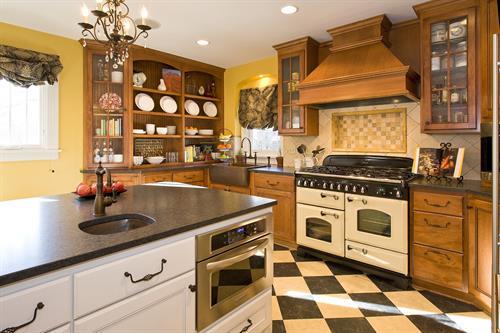 Gallery Image Guentner_Nimmer_kitchen_3.jpg