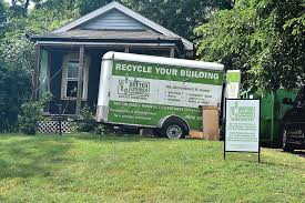 Gallery Image recycle_building.jpg