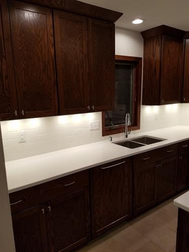 Shaker Style Oak Kitchen with Cambria Countertops