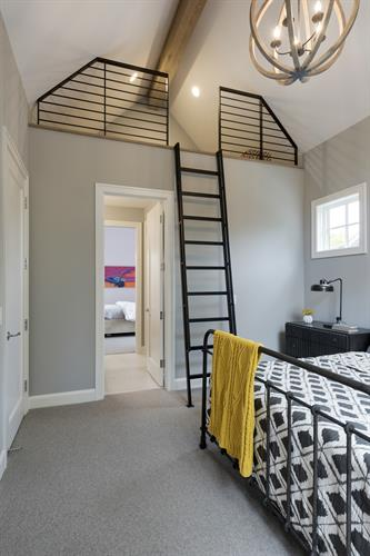 Hawks Pointe Bedroom Loft