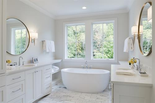 Hawks Pointe Master Bathroom