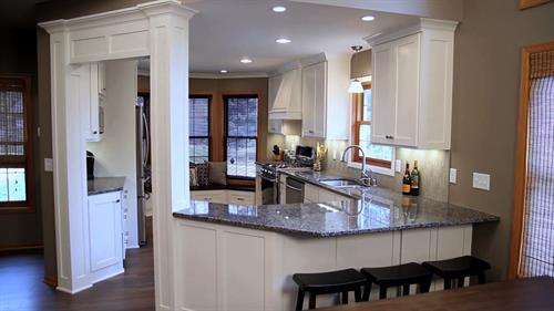 Gallery Image Kitchens_-_8.jpg