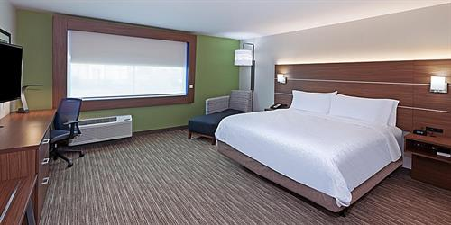 Gallery Image holiday-inn-express-and-suites-brenham-6.jpg