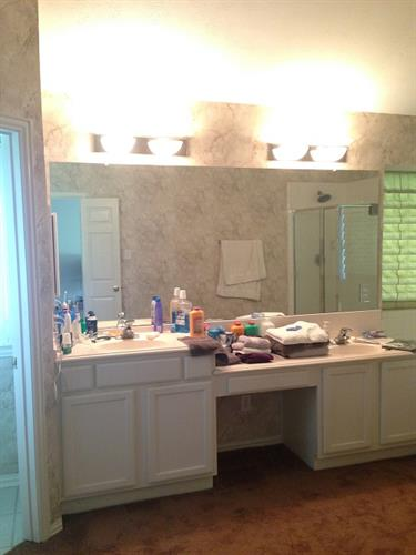 Gallery Image Russell_bathroom.jpg