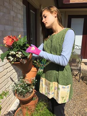 Sample: gardening smock. Create your own pocket theme with coordinating color.