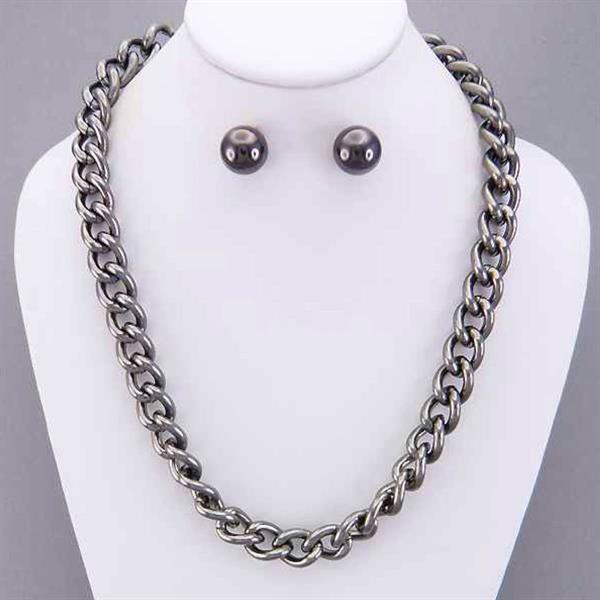 Rhodium Link Necklace and Earring Set. $6.00