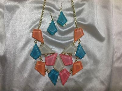 "20"" Blue, White, & Pink Necklace & Earring Set.  $8.00"