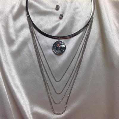 Rhodium Chocker Necklace and Earring Set with Circle Rhinestones.  $8.00