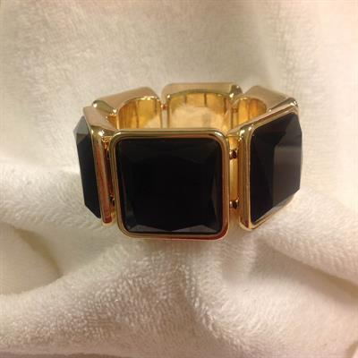 Black Square Stretch Bracelet $8.00