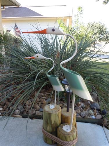 "32""  Green Egret w/baby , Outdoor Solar Light"