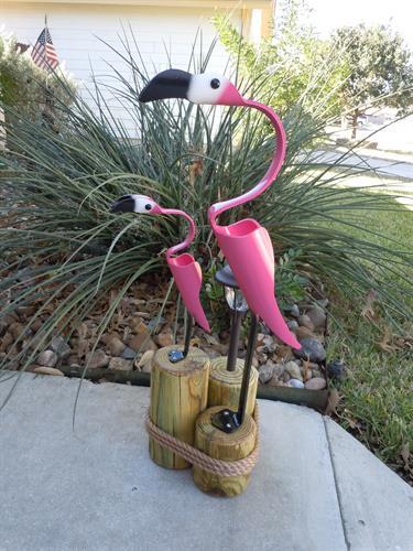 "32""  Flamingo w/baby , Outdoor Solar Light"