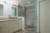 Gallery Image danze-widespread-bathroom-faucet.jpg